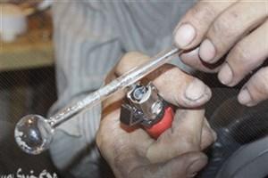 رفع خماری با ٥ هزار تومان/روایت یک گشتوگذار کوتاه در پاتوقها برای خریدن شیشه و دوا