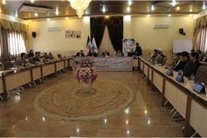 امام جمعه خرمآباد: پیشرفت دانشگاه آزاد اسلامی استان لرستان باعث خوشحالی مردم است