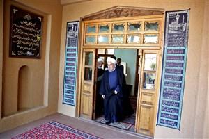 حضور رییس جمهوری در بیت بنیانگذار کبیر انقلاب اسلامی در خمین