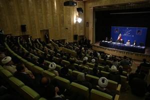 رئیس جمهور: اداره کشور به دعوا احتیاج ندارد؛ امام انقلاب کرد تا دروغ و تهمت از جامعه برچیده شود