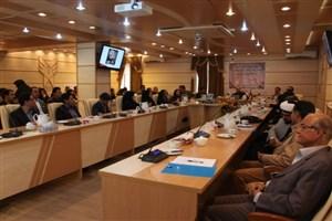رئیس دانشگاه علوم پزشکی استان کرمان: معلمان و اساتید نقش کلیدی در تربیت نسل جوان برعهده دارند