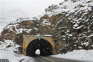 بارش برف در محورهای ۸ استان/ اعلام محورهای مسدود