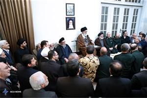 رهبر معظم انقلاب با علما و شخصیتهای سیاسی استان اصفهان دیدار کردند