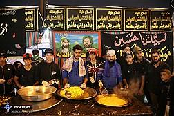 دستور تولیت آستان قدس برای گسترش فوری ارائه خدمات در مرز مهران