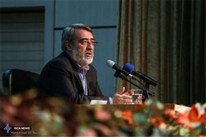 وزیر کشور: تقویت اعتقادات گام نخست مقابله با آسیب ها است
