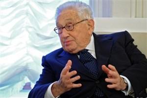 کیسینجر: با روش های جنگ سرد باید تهران مهار شود