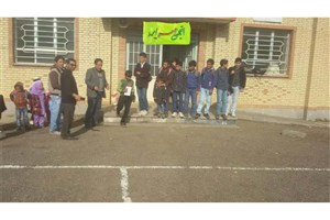 اهدای 100 جلد کتاب به آموزشگاه شهید شعبان وحید در منطقه خروسلو