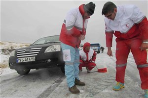 ادامه امدادرسانی به متاثران  برف و کولاک در 4 استان