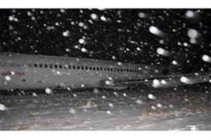 امانی  بنی : لغو ۵۴ پرواز در پی طوفان در فرودگاه بندرعباس/ خسارت چندصد میلیونی به فرودگاه در پی تخریب درختان و لغو پروازها/ بازگشت فرودگاه به شرایط عادی از دو روز پیش