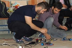 برگزاری مسابقه منطقهای دستاوردهای نوین در کامپیوتر و رباتیک در واحد دهاقان