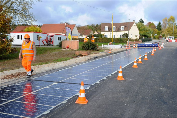 Solar-Panel Roads to be Built on 4 Continents