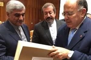 """انعقادتفاهم نامه همکاری بین دانشگاههای """"علوم پزشکی ایران"""" و""""لاساپینتزای رم"""""""