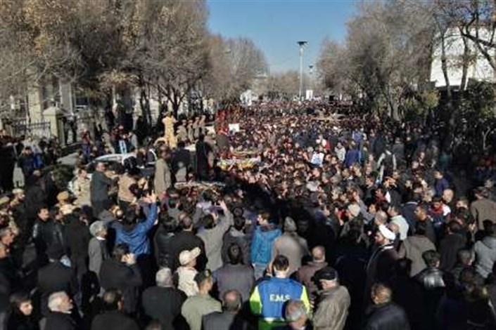 تشییع کشته شدگان قطار تبریز -مشهد