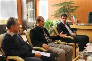دانشگاه آزاد اسلامی ظرفیت های خوبی برای کمک به توسعه کردستان را در اختیار دارد