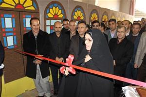 نمایشگاه هفته پژوهش کردستان به میزبانی دانشگاه آزاد اسلامی واحد سنندج افتتاح شد