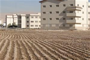 آغاز کشت پائیزه جو در دانشگاه آزاد اسلامی واحد گرمسار