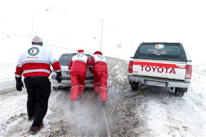 برف و کولاک در 8 استان کشور/634 نفر ازخدمات امدادی دریافت کردند