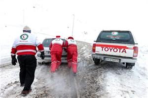 امدادرسانی به 1800 مسافر در راه مانده/برف و کولاک در 14 استان