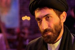 بازیگر نقش احمد متوسلیان  با چهره ای جدید در «گیلدا» حاضر شد