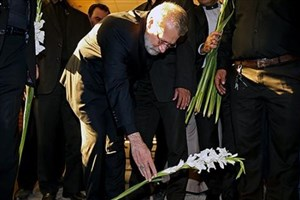 حضور لاریجانی در گلزار شهدای زاهدان و ادای احترام به مقام شامخ شهدا