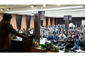 برگزاری سمینار آموزش کار آفرینی در کسب و کارهای نوین در دانشگاه آزاد اسلامی واحد مرودشت