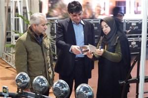 دبیر شورای نظارت و هماهنگی سما استان تهران از نمایشگاه دستاوردهای پژوهشی دانش آموزان و دانشجویان بازدید کرد