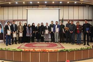 برگزاری مراسم نکوداشت هفته پژوهش و فناوری سال 95 واحد تهران شرق