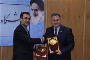 امضای تفاهم نامه بین دانشگاه شیراز و دانشگاه بین المللی قبرس