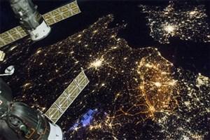 نمای خارقالعاده زمین در شب از منظر فضا