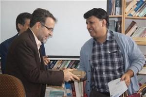 بدرقه مدیر داخلی و رئیس امور اداری بیمارستان شاه ولی دانشگاه آزاد اسلامی یزد