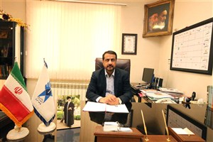 اهدای لوح تقدیر به رئیس دانشگاه آزاد اسلامی استان البرز در نمایشگاه  پژوهش و فناوری