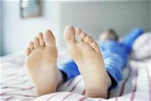چطور پای بیقرار را آرام کنیم؟