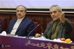 وزیر ورزش و طاهری  به خانه مرحوم هادی نوروزی میروند