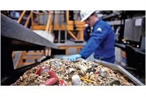 سرابیان : دانشگاه آزاد اسلامی به صنعتی شدن ما کمک کرد/چوب سنگ حاصل از بازیافت ضایعات پلاستیکی