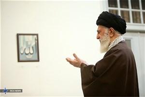 حضور رهبر انقلاب در دانشگاه تهران برای اقامه نماز بر پیکر آیتالله هاشمی