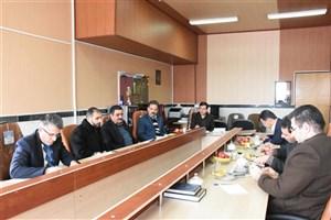 تشکیل جلسه کمیته دانشجویی برنامه ریزی گرامیداشت ایام الله دهه فجر