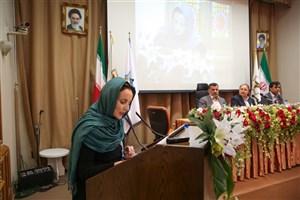 گردشگری و تجارت نقش مهمی در گسترش زبان فارسی دارد