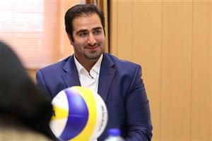 غفوری: دانشگاه آزاد اسلامی حرفه ای ترین باشگاه ورزشی را دارد / سال آینده تیم را تقویت می کنیم