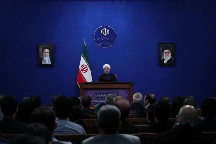 رئیس جمهوری: همه با پیروی از راه اعتدال  برای حل معضلات کشور تلاش کنند/ایران به دنبال صلح و امنیت برای منطقه و جهان است