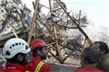 پیکر 2 آتشنشان در زیر آوارکشف شد