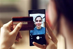 خرید آنلاین و احراز هویت با عکس سلفی