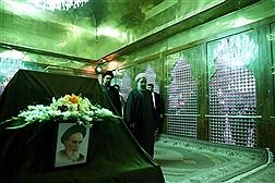تجدید میثاق رئیس جمهور و اعضای هیات دولت با آرمان های امام (ره)