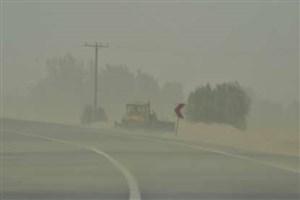منشاء گرد و غبار روز گذشته جنوب خوزستان و زابل خارجی است