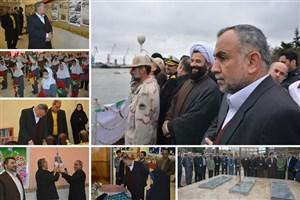 حضور مسئولان دانشگاه آزاد اسلامی واحد بندرانزلی در برنامه های آغازین روز دهه فجر