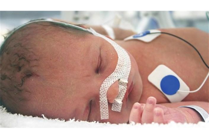 نوزاد رها  شده در بیابان  های  تهران