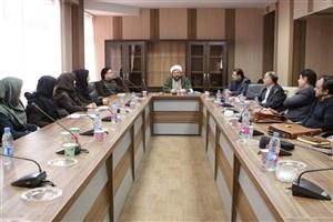 کارگاههای دانش افزایی ویژه استادان در واحد تهران مرکزی به صورت استانی برگزار شد
