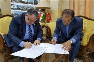 واحد سنندج سه تفاهم نامه همکاری با دانشگاه های اقلیم کردستان عراق امضا کرد