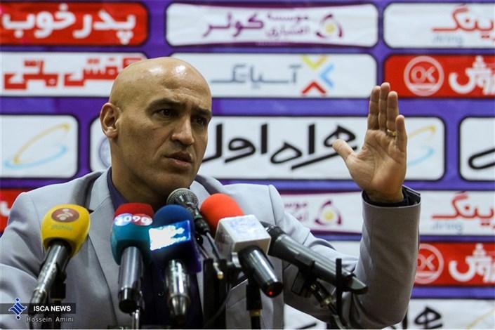 نشست خبری سرمربی باشگاه استقلال تهران