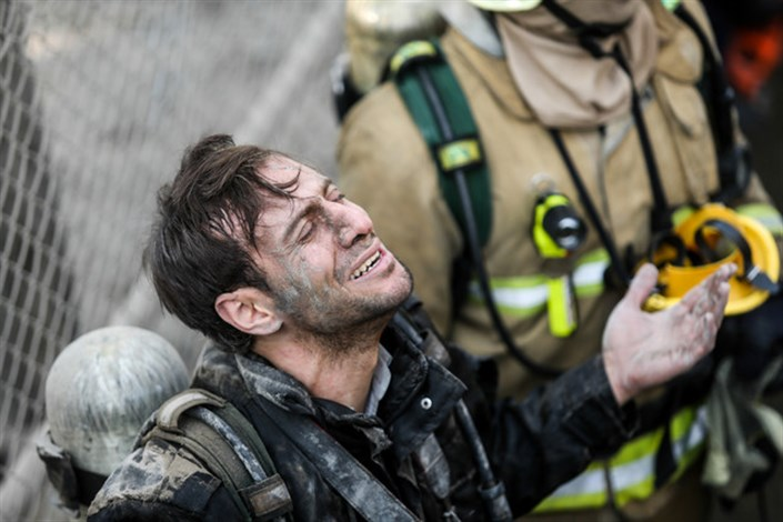 تجلیل از آتشنشانان فداکار در جشنواره مد و لباس فجر
