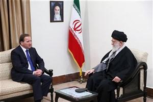 رهبر معظم انقلاب: از افزایش ارتباطات ایران و سوئد درهمه عرصه ها استقبال می کنیم